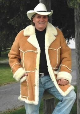 84827fd92 Men's Sheepskin Shearling Coats and Women's Sheepskin Shearling Coats